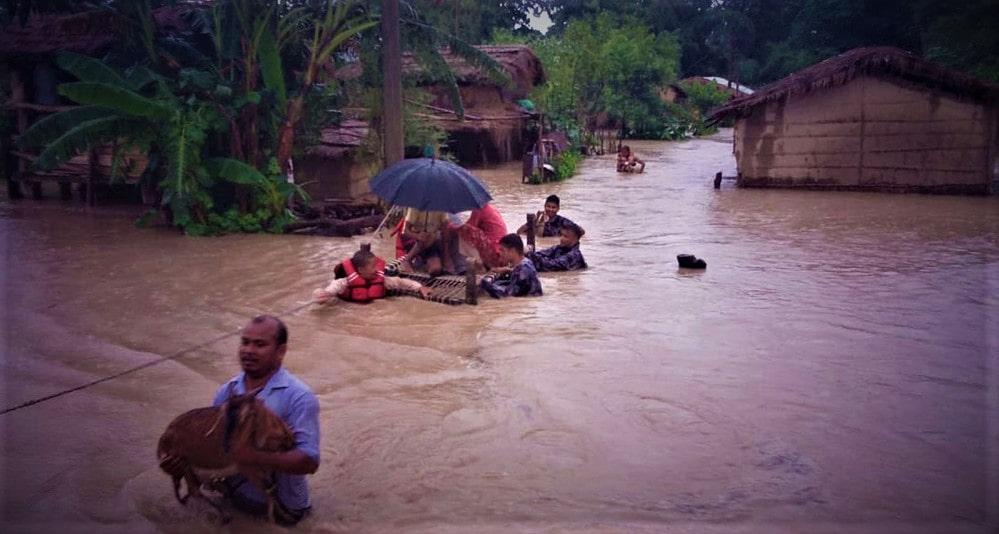 बाढीले कैलाली र कञ्चनपुरका ५६०० परिवार विस्थापित image