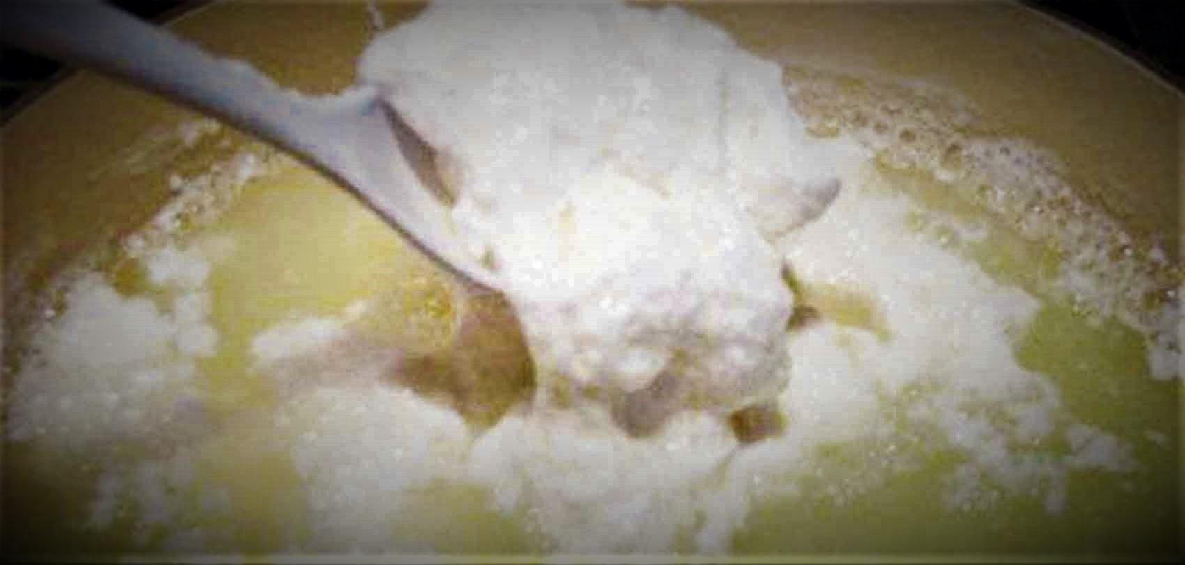 फाटेको दूध अब फ्याक्नु पर्दैन, सुन्दर कपाल र दागरहित छालाका लागि अतिउपयुक्त image